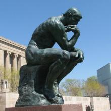 Estátua de bronze do pensador do metal da escultura do homem VLA-BS1027