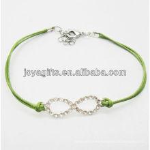 Pulsera tejida alambre verde diamante número ocho