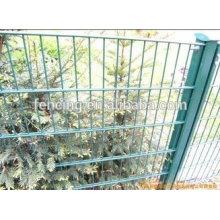 Высокое качество ПВХ покрытием двойной проволоки забор (25 лет anping завод)