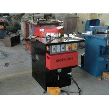 Hydraulische Ausklinkmaschine mit Ce Standard Schneid- und Schermaschine