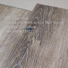 Holzmaserung Faserzement Terrassendielen für Außenböden