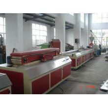 Linha de produção do PVC CE/GV/ISO9001 WPC porta placa