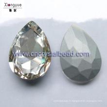 Enduit perle goutte d'eau pour trouver des bijoux et décoration argenté