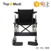 Cadeira de rodas de alumínio com novo design Topmedi com apoio de pés fixo