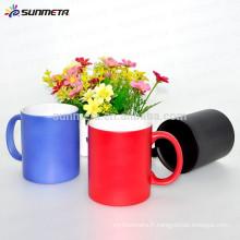 Tasse à café en céramique à changement de couleur revêtue de Sunmeta pour la sublimation
