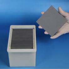 Plaque de nitrure de silicium à choc thermique haute dureté personnalisée