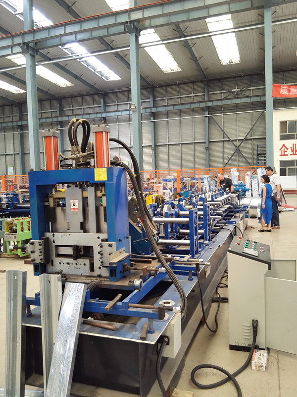 C/Z purling forming machine