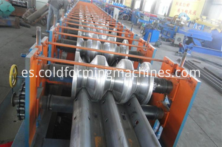 guard-rail-roll-forming-machine-3