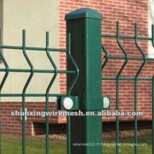 Clôture et treillis en PVC revêtu