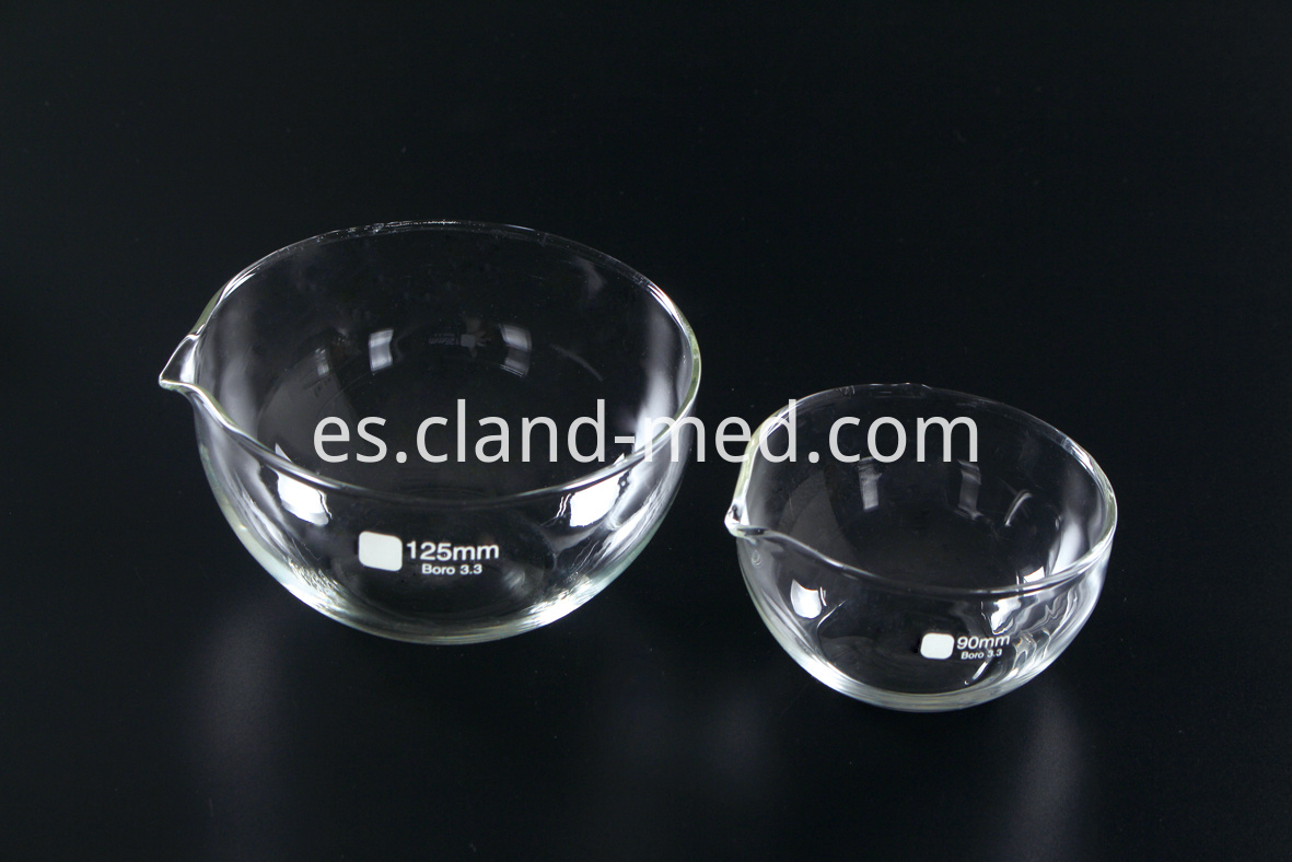 1172 Evaporating Dish Round Bottom with Spout (1)