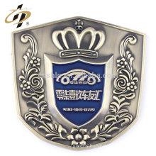Die casting zinc alloy custom soft enamel antique badge car emblem