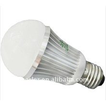 Bulbo de la tabla LED del RGB LED 5W e27 62 * 119 milímetros