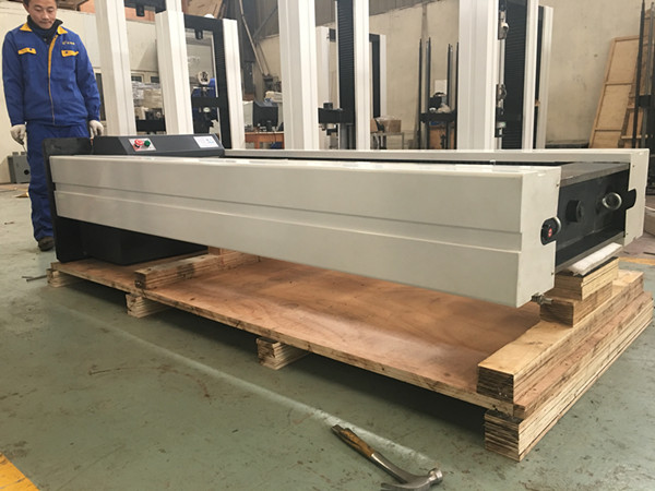300KN Electronic Universal Testing Machine Tensile Test