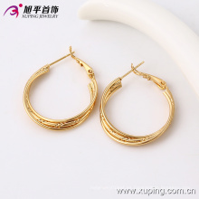 Pendiente de la joyería de oro saudí 91094, aretes de oro de desgaste diario simple diseños pendientes de aro de tres hilos para las mujeres