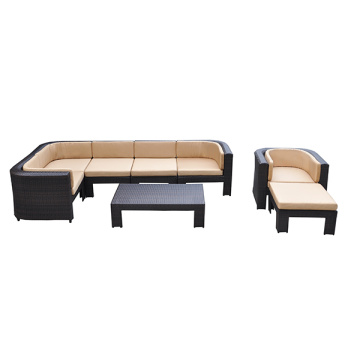 Set di divani di design moderno con chaise longue