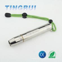 La meilleure lampe de poche rechargeable de haute puissance pour tester la gemme