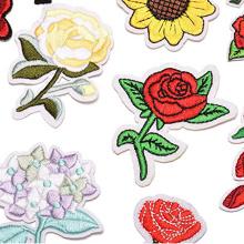 Applique patch flor rosa bordado ferro na flor