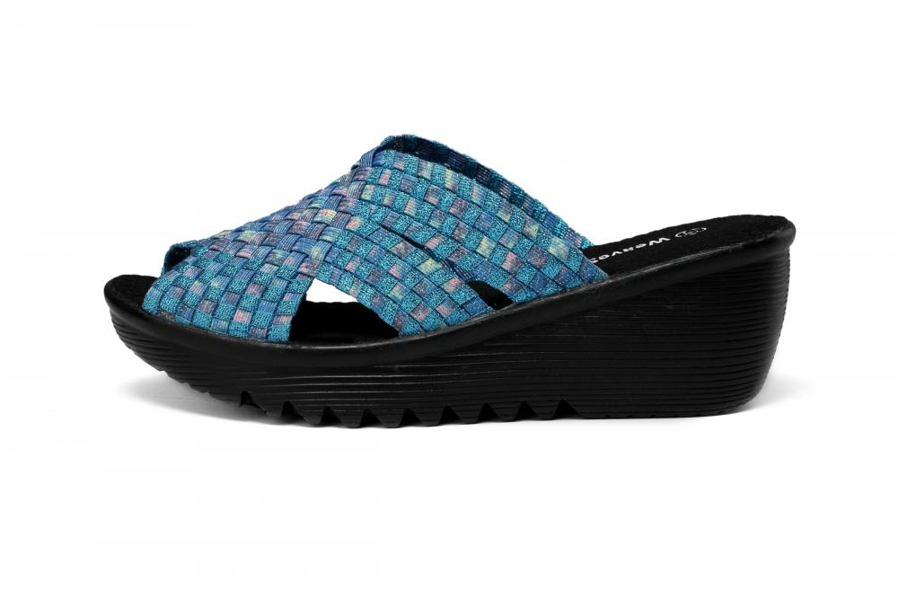 Wedge Woman Woven Slippers