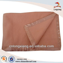 High quality natural 100% Mulberry Silk Blankets