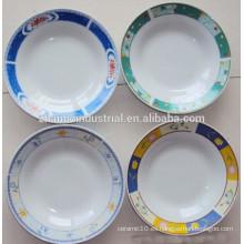 Precio barato y la placa de la sopa de cerámica de la porcelana del artículo promocional en Linyi