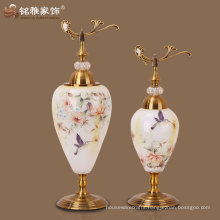 wholesale glass vase with lid for home decoration at factory price