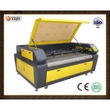 Auto-Fütterung Stoff Laser Graviermaschine