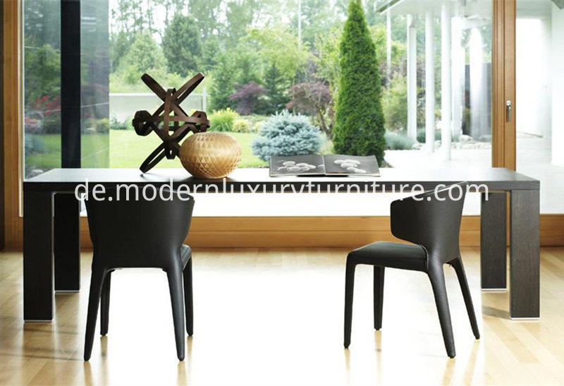 Cassina_369_HOLA_Chair