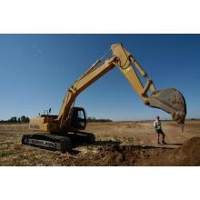 Heavy duty crawler excavator