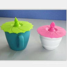 Ceramic Coffee Cup with Silicone Lids and Mat
