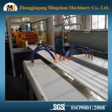 Machines en plastique UPVC en plafond en PVC