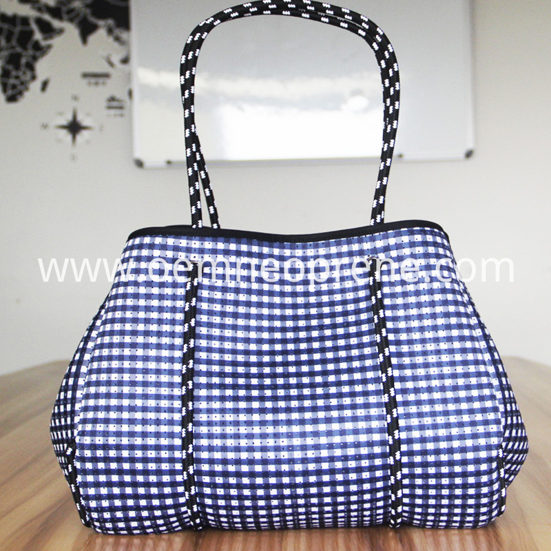 Plaid beach bag
