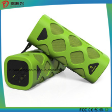 Portable Bluetooth Speaker with Built-in Microphone (Green)