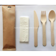 Disposable wood tableware set