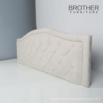 Tête de lit rembourrée moderne en plastique de jambe de taille d'hôtel