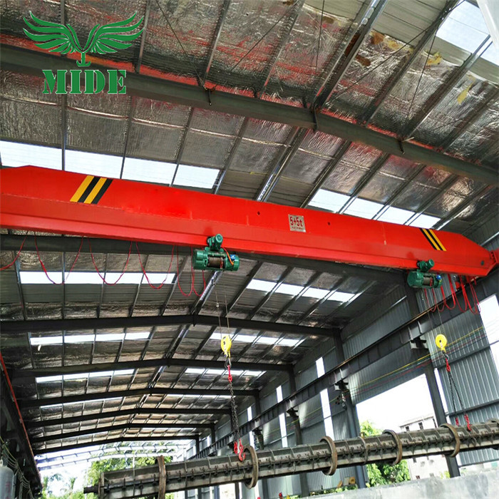 Low head room overhead crane