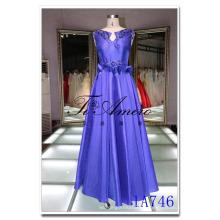 China Guangzhou azul royal sin mangas de satén maxi vestido de baile con falda con gradas