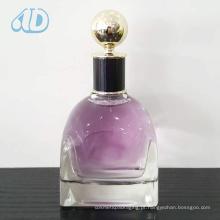 O frasco de perfume de vidro transparente curvado o mais novo Ad-P314