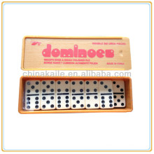 Dominoe set in Plastic Box