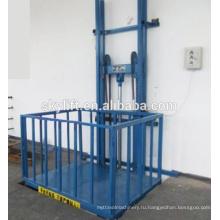 Электрический вертикальный лестничный подъемник для грузов
