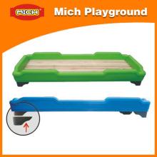 Móveis infantis Cama plástica para jardim de infância (1213A)