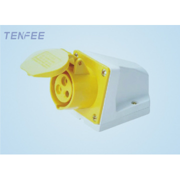 2P+E 16a industrial wall mounted socket IP44