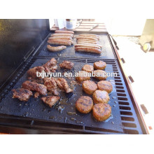 China nonstick oven liners reusable heat resistant bbq grill mat complied in FDA