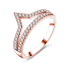 Femme CZ diamant V forme Chevron bijoux bague (CRI01017)