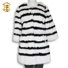2017 Großhandel schwarz und weiß Kaninchen Pelz Mantel für Frauen