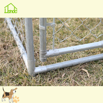 The Metal Chain Link Dog Kennel