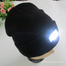 Hot selling 100% acrylic hat winter outdoor walking hands free beanie colorfull 5 LED knitted caps