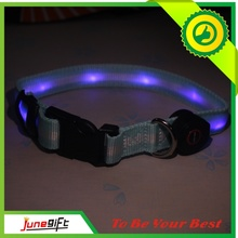 2015 Nouveauté Hot Sale Cheap LED Clignotant Nylon Dog Collar (D001)