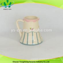Chinês, estilo, cerâmica, flor, leite, pote