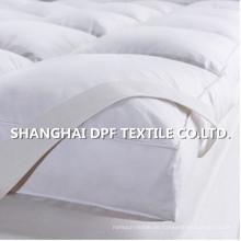 Vollständige Baumwollmatratze Auflage / frische saubere Bettwäsche / rutschfeste Matratze