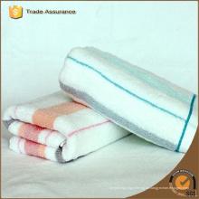 100% Baumwolle benutzerdefinierte gestreifte Strandtücher, Badetücher